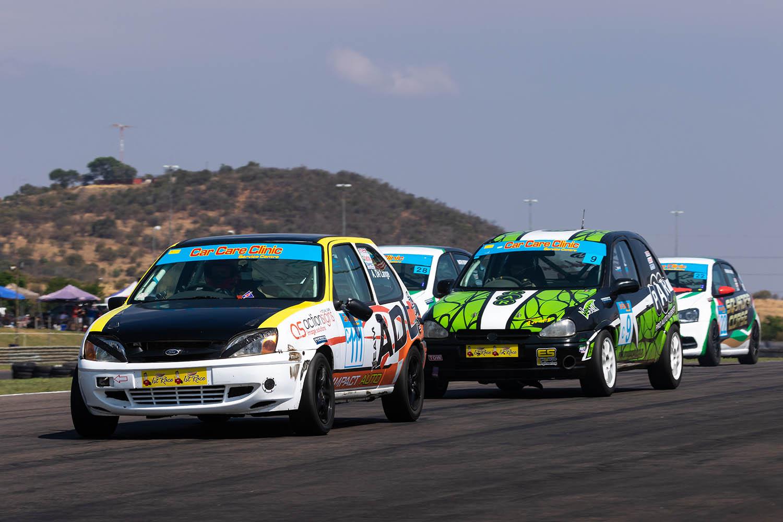 Andre de Lange leads Andre Dannhauser